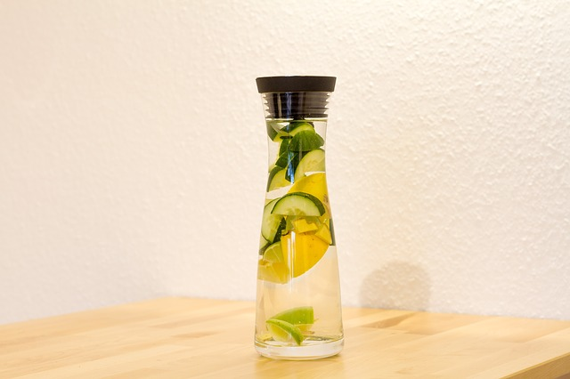 lemon-water-whole30
